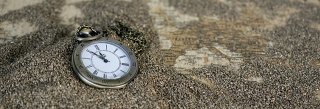 pocket-watch-1637396_640.jpg